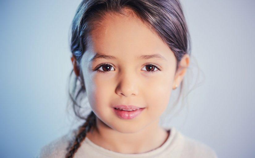 Viskas, ką reikėtų žinoti apie kontaktinius lęšius vaikams