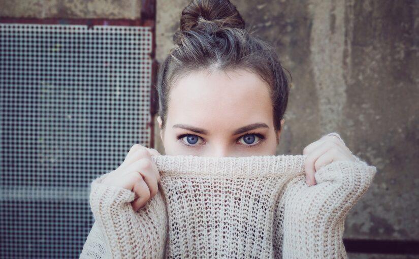 Spalvoti kontaktiniai lęšiai – išskirtiniam įvaizdžiui